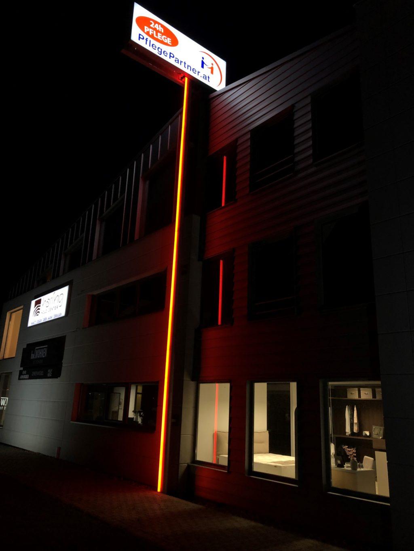 Lichtwerbung-Leuchschilder-Neon-LED-Led-Technik